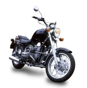 """Мотоцикл под брендом  """"Урал """" выпускает Ирбитский мотоциклетный завод (ИМЗ).  Первой моделью."""