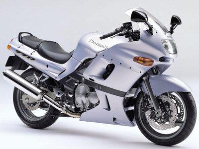 Kawasaki ZZR400 фото
